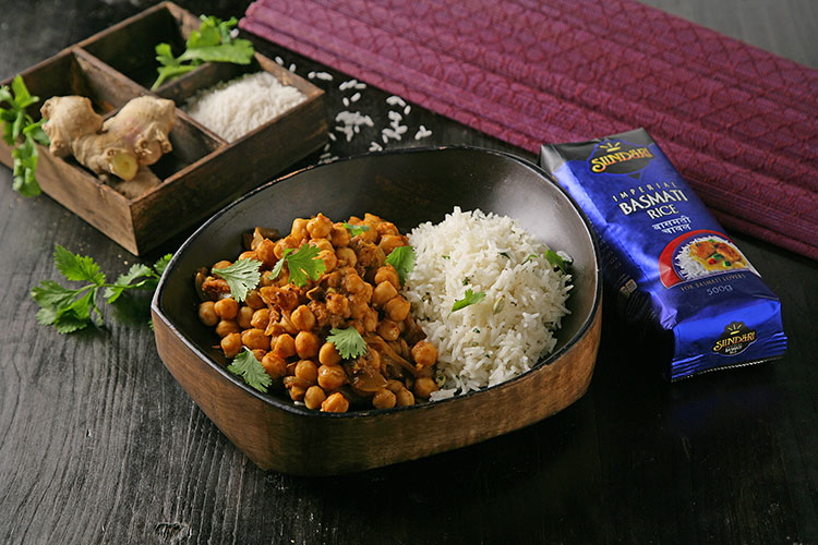 Receta de Curry de garbanzos con arroz basmati