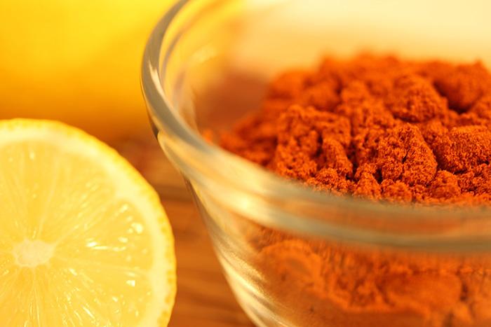El curry es uno de los ingredientes exóticos que no pueden faltar en tu despensa, para tus recetas hindú.