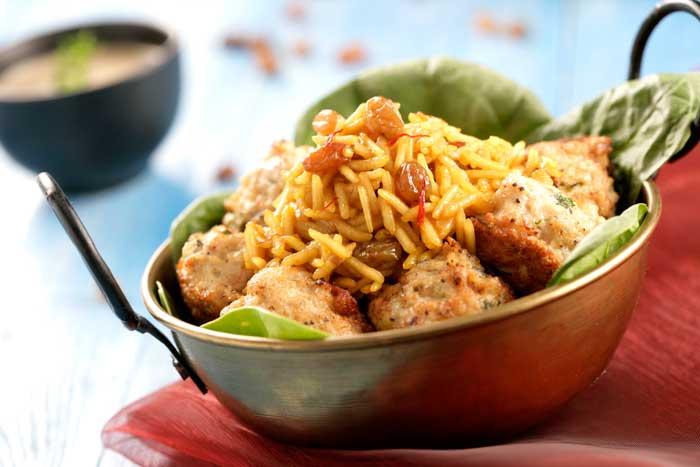 Receta de Albóndigas de pavo con arroz basmati salteado con pasas