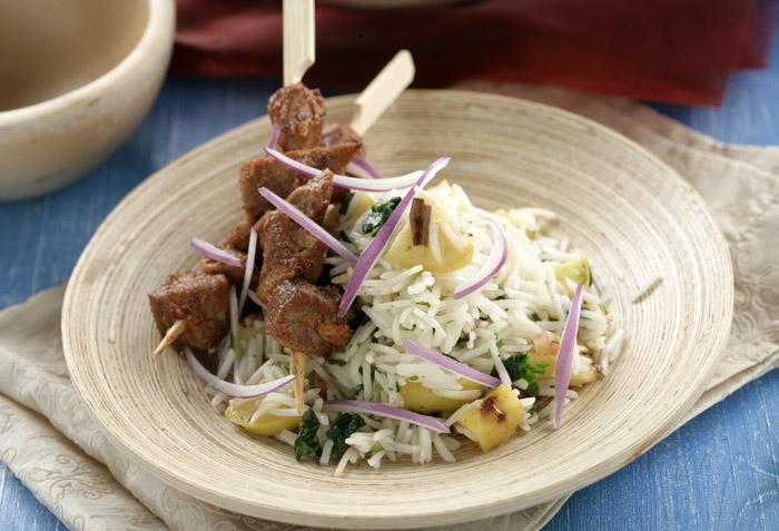 Receta de Brochetas de cordero maceradas con arroz basmati