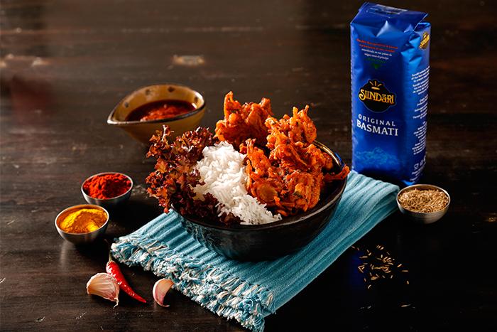 Receta de Pakoras con arroz basmati