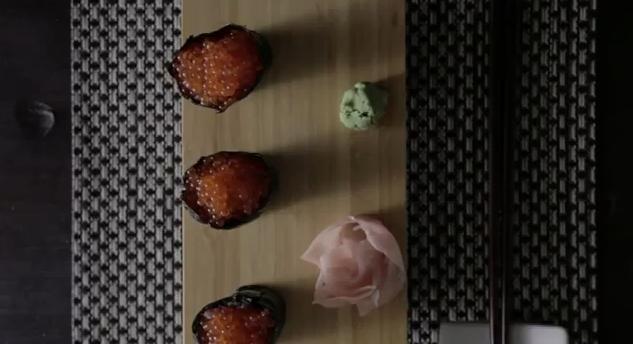 Receta de Gunkan Sushi de huevas de trucha y atún