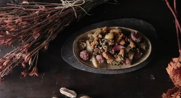 Receta de Menestra de tubérculos, arroz Sauvage y butifarras