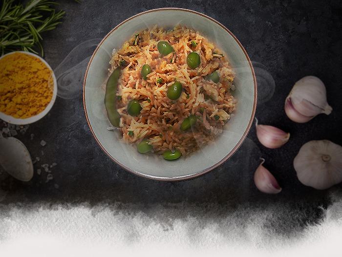 arroz con curry y edamame